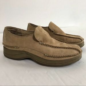 NWOB Bjorndal Streep Tan Suede Leather Loafers